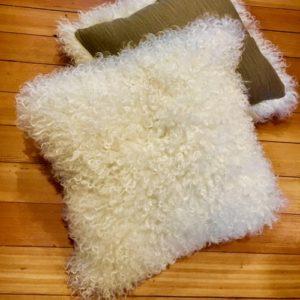 Make Your Own Sheepskin Pillow Tutorial   Shepherd Like A Girl