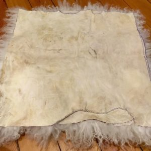 Make Your Own Sheepskin Pillow Tutorial | Shepherd Like A Girl
